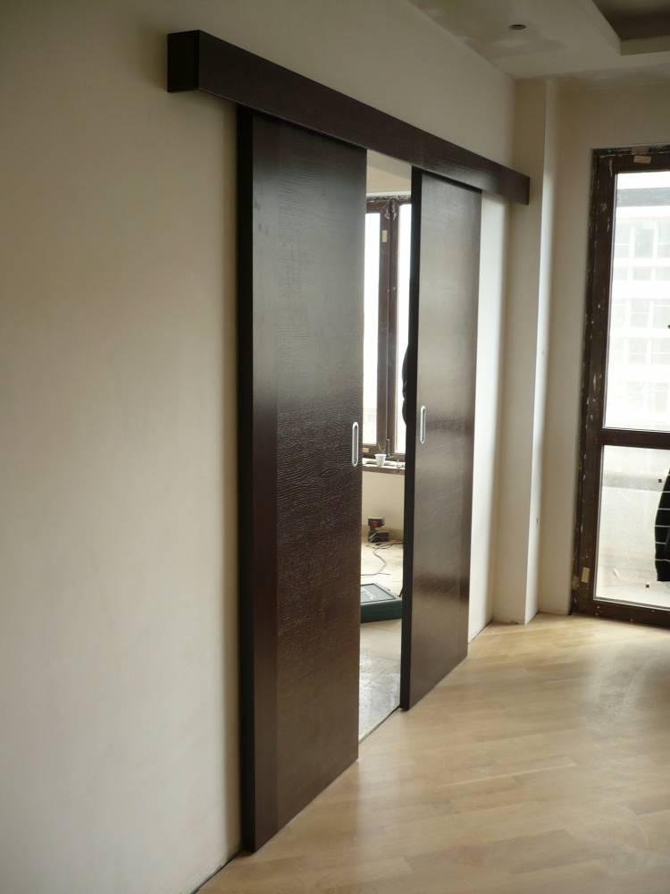 Притворена плъзгаща врата от MDF