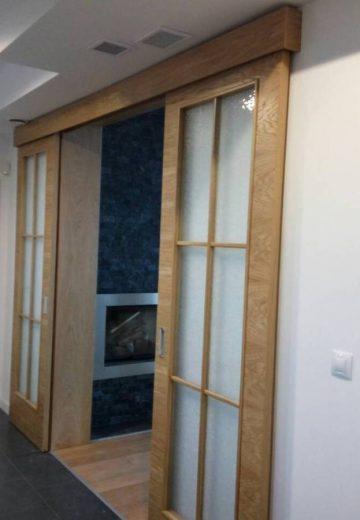 Отворена плъзгаща врата без каса и с горно водене
