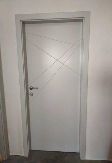 Вътрешна врата от боядисан по RAL MDF.